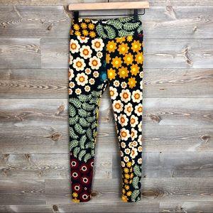 LulaRoe Hippie Floral Flower Legging